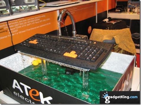 keyboard_water