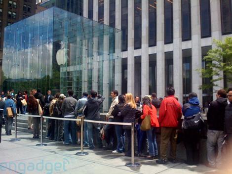 dumb people at apple