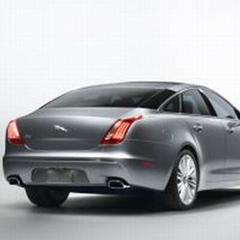 2010 XJ rear