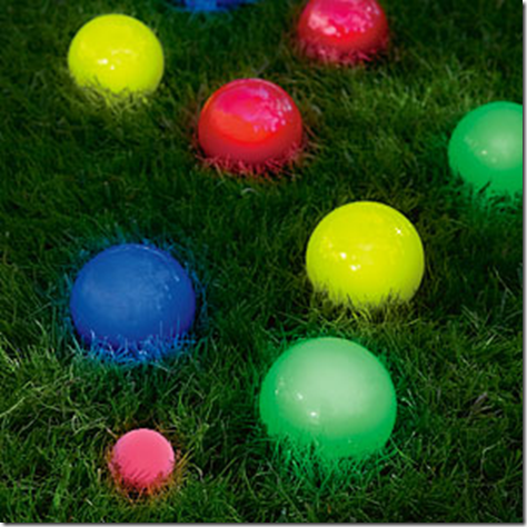 How freaking cool is this… a LED lit bocce ball set?