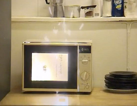 Microwave Explodes While Cooking A Wine Box Gadgetking Com