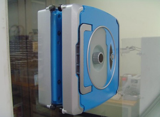 Window Cleaning Robot Windoro