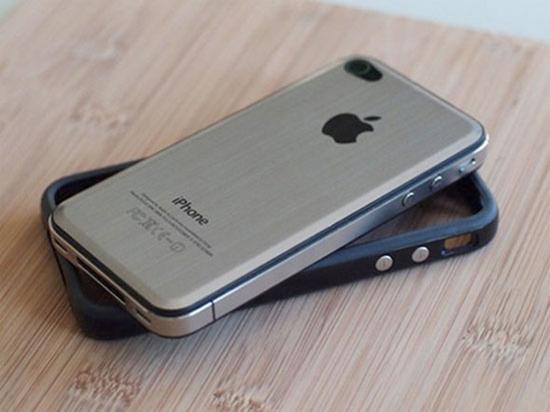 iPhone 4 metal back