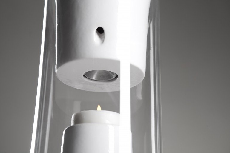 Pelty Fire Powered Bluetooth Speaker