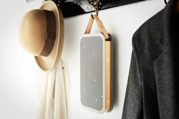 BO BeoPlay A2 Hanging