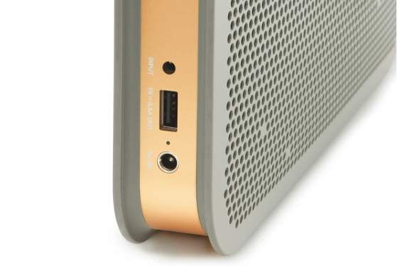BO BeoPlay A2 USB Port