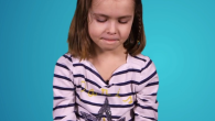 Kids choose between Samsung S6 and Apple iPhone 6