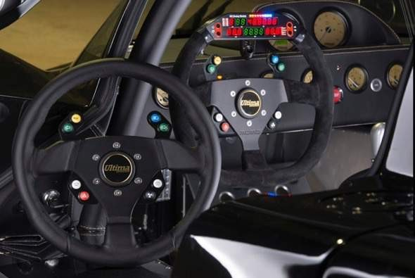 Ultima Evolution Steering wheel