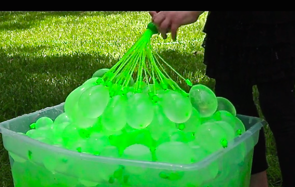 Bunch O Balloons Fill Tie 100 Water Balloons In Less