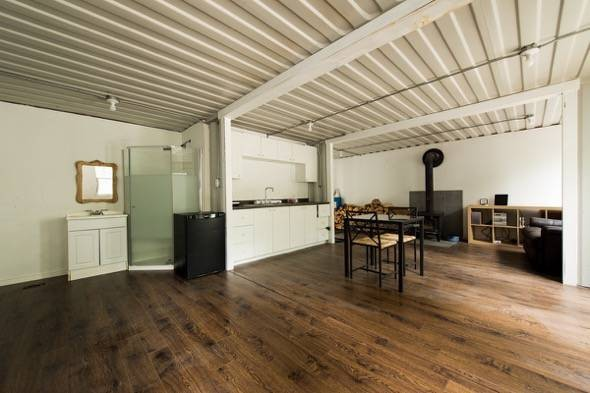 How to build shipping container house