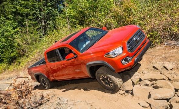 2016-Toyota-Tacoma-TRD-Off-Road-4x4-Orange