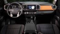 2016-Toyota-Tacoma-dashboard