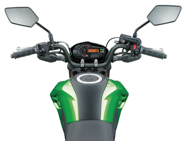 Kawasaki Z125 Tank and Handlebars