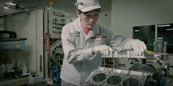 Nissan GTR Engine Build Video