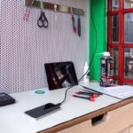 lovefone-lovefonebox-phone-booth-smartphone-repair-3