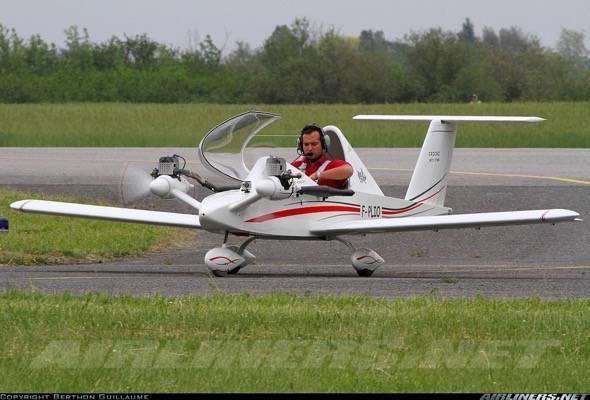 cri-cri-worlds-smallest-twin-engine-plane-5