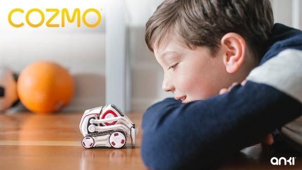 anki-cozmo-robot-playing