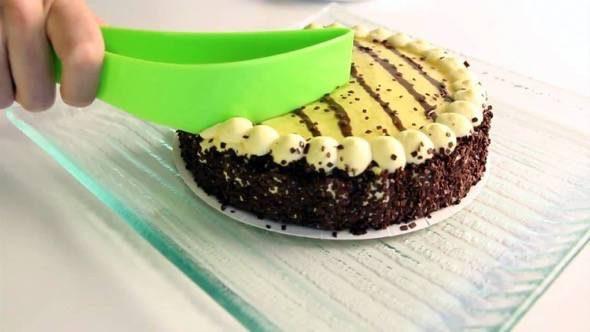 magisso-cake-server-green