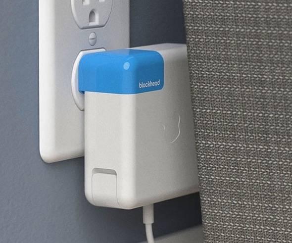 ten-one-blockhed-side-facing-macbook-power-adapter