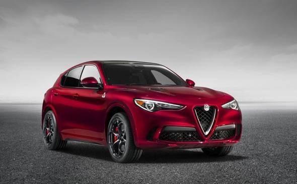Alfa_Romeo_Stelvio_Quadrifoglio_Front