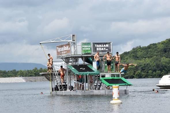 Tarzan Boat Play Boat