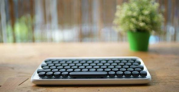 Lofree Mechanical Typewriter Style Keyboard 2