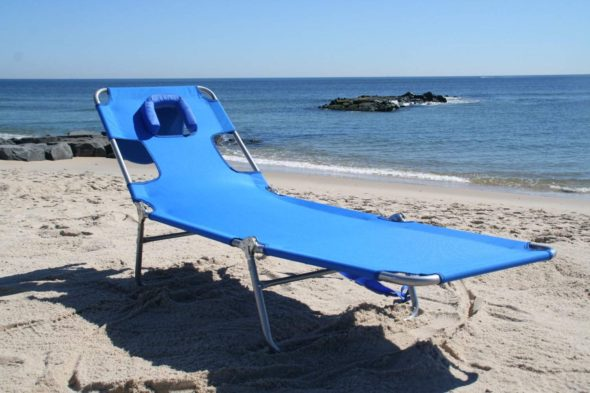 Face Down Beach Chair With Face Hole Ostrich 4