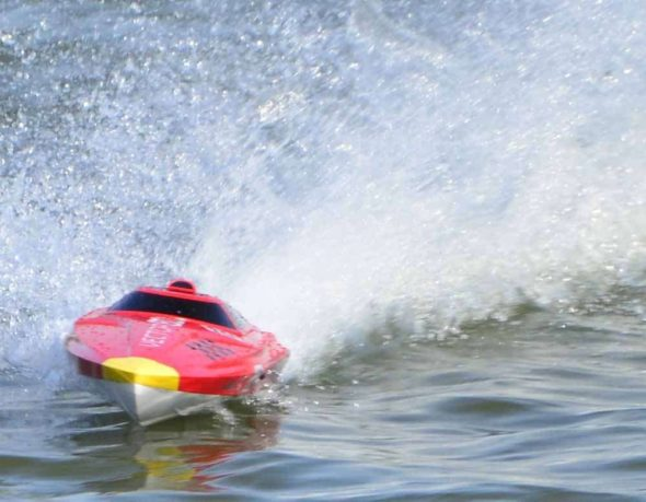 Volantex Vector 80 RC Boat Fast