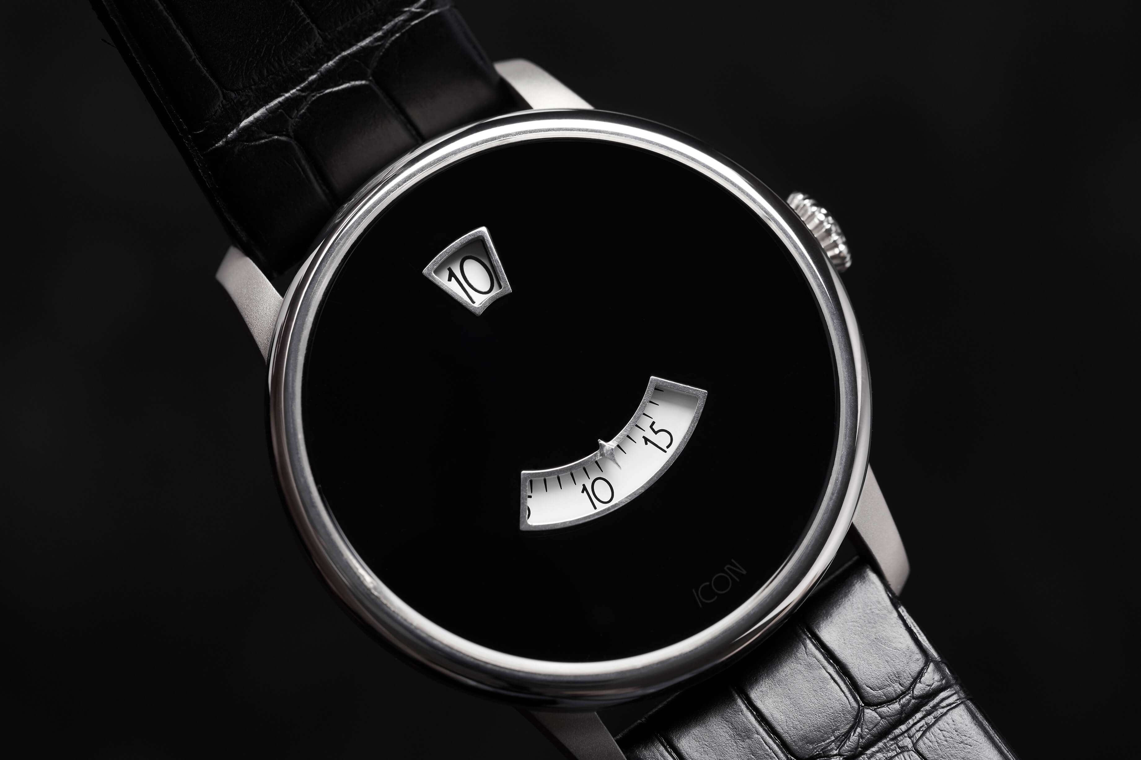 Icon Duesey Watch Onyx