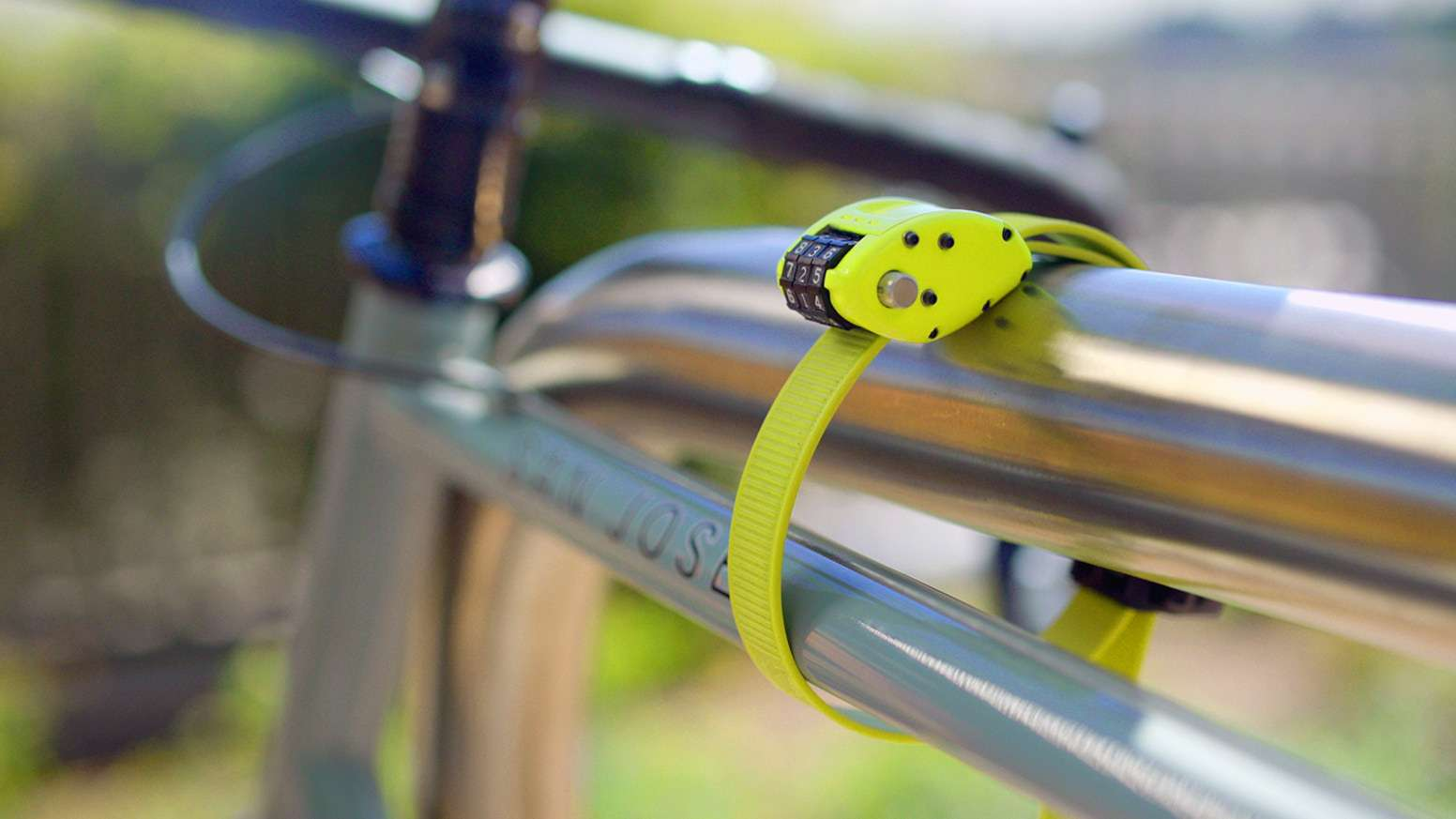 Ottolock_Yellow_Cinch_Lock