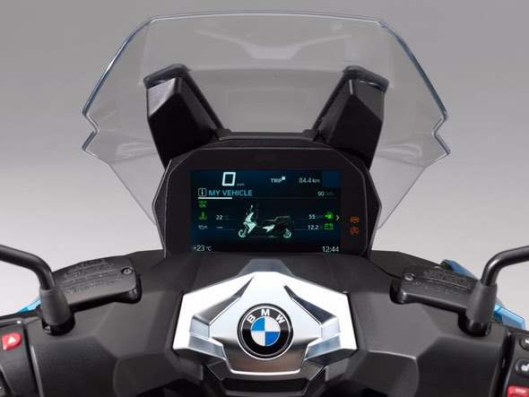 BMW C400X Scooter Display