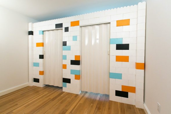 EverBlock Large Lego Blocks Wall With Door