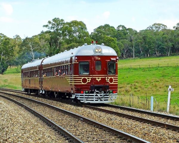 Byron Bay Fully Electric Solar Powered Train 3