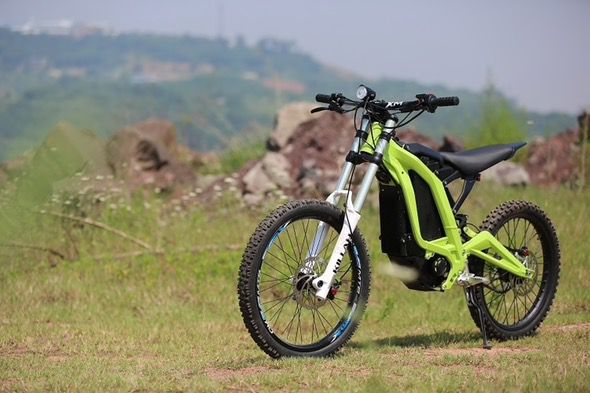 Sur-Ron_Electric_Off-Road_Bike_1