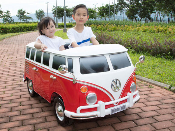 Beyond Infinity Volkswagen VW T1 Bus Van Kids Driving