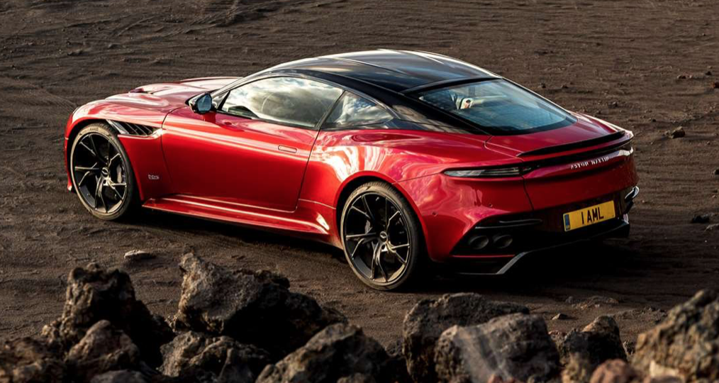 Aston Martin DBS Superleggera 6