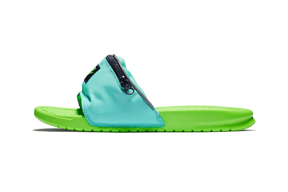 Nike Benassi Fanny Pack Sandal Slides