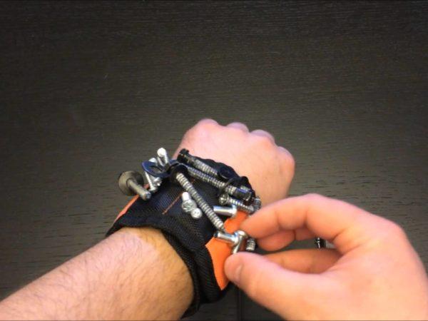 RAK Magnetic Wristband 1
