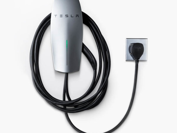 Tesla Wall Connector with 14-50 Plug