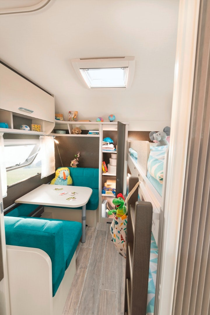 dethleffs-cgo-up-caravan-kids-dinette