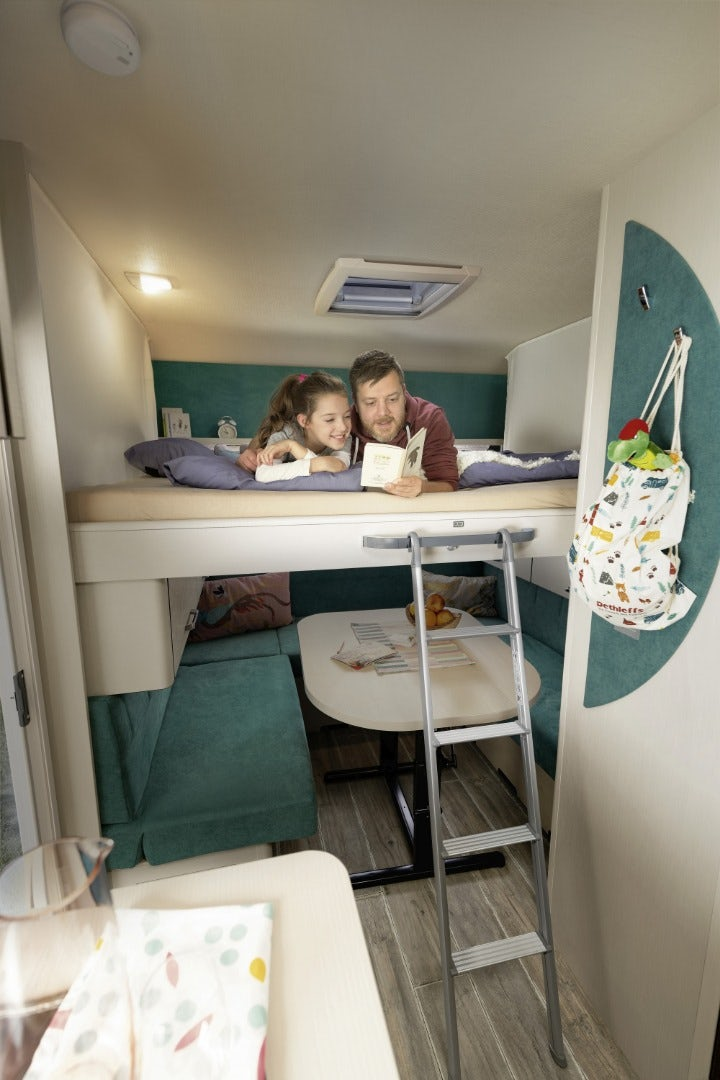dethleffs-cgo-up-caravan-rear-beds