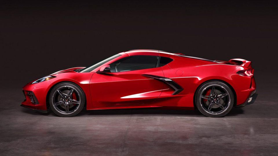 2020 Chevrolet Corvette C8 Stingray Red Side