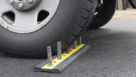 fake-tire-spikes