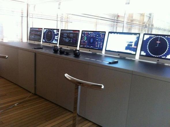 Steve Jobs Yacht Venus with iMacs